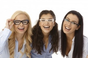 Girls_Glasses400x267